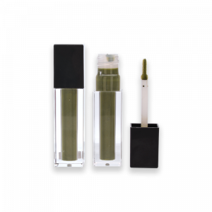 container and applicator, open and close, green formula, applicator